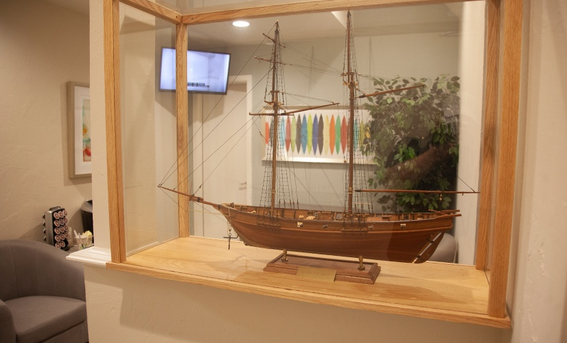 Model ship in dental waiting area